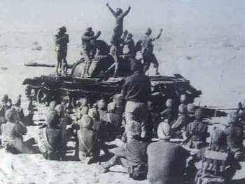 नहीं रहे बॉर्डर के 'असली हीरो' कुलदीप सिंह,100 सैनिकों के साथ 2000 PAK फौजियों को धूल चटाकर टैंक पर भांगड़ा डालने वाले कुलदीप सिंह का निधन ,  पढ़िए कुलदीप सिंह और भारत पाक युद्ध के बारे में विस्तार से