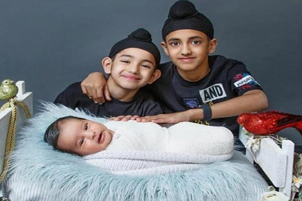 मशहूर पंजाबी गायक और अभिनेता गिप्पी ग्रेवाल फिर बने पिता, देखें घर आए तीसरे बेटे की पहली तस्वीर