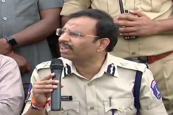 हैदराबाद: पुलिस ने बताई एनकाउंटर के 30 मिनट की पूरी कहानी, क्लिक करके जानिए