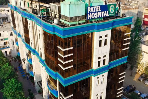 जालंधर में मरीजों से कोरोना टेस्ट के लिए वसूले ज्यादा पैसे, अब 3.28 लाख रुपए वापस लौटाएगा पटेल अस्पताल