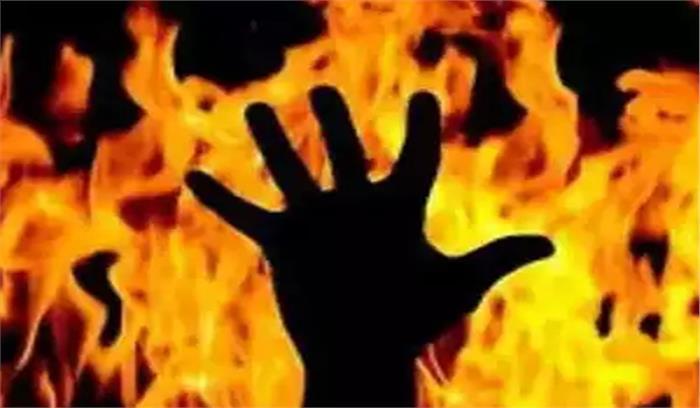 शर्मनाक: मां को अपने ही बेटे ने जिंदा जलाया, वजह जानकर दंग रह जाएंगे आप