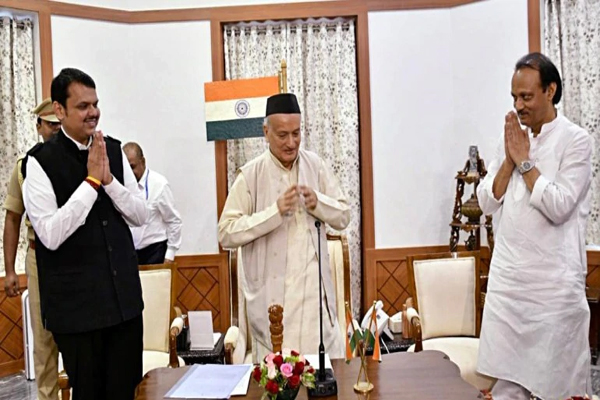 महाराष्ट्रः फ्लोर टेस्ट से पहले देवेंद्र फडणवीस और अजित पवार ने दिया इस्तीफा, उद्धव का मुख्यमंत्री बनना तय