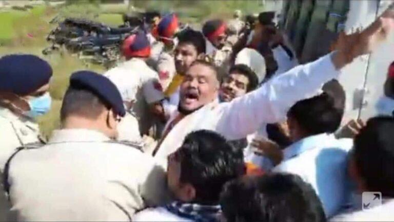 दलित युवक को मिलने जा रहे पूर्व केंद्रीय मंत्री विजय सांपला गिरफ्तार,