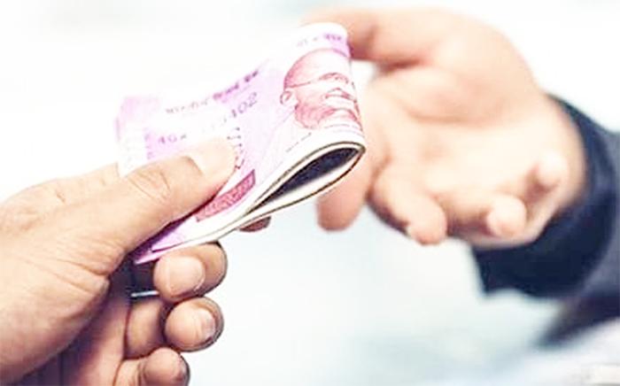 ASI पर चला विजिलेंस विभाग का चाबुक, 4500 रुपए रिश्वत लेते रंगे हाथों पकड़ा