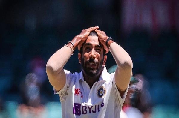 IND vs AUS: टीम इंडिया को लगा बड़ा झटका, ये स्टार तेज गेंदबाज आखिरी टेस्ट से हुआ बाहर