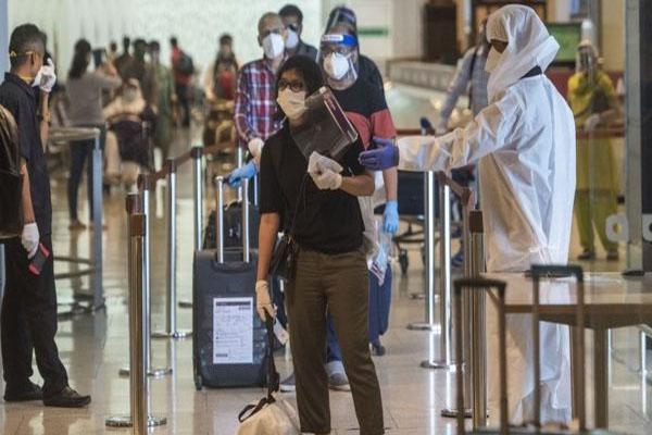 ब्रिटेन से भारत आने वाले यात्रियों को लेकर केंद्र सरकार का फैसला, अब ये काम करना होगा अनिवार्य