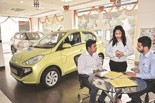 काम की खबरः अब नई कार खरीदने पर बदल सकता है पेमेंट का तरीका