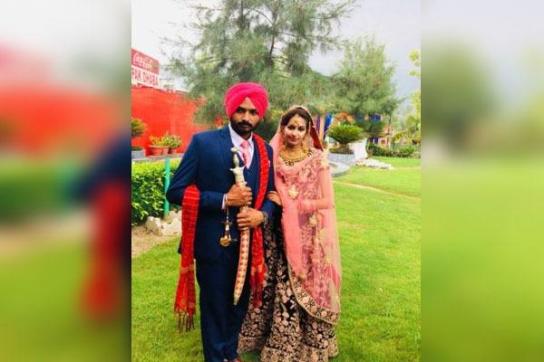 31 लाख रुपए खर्च कर पत्नी को भेजा कनाडा, पति से फोन पर बोली- दोबारा कॉल किया तो केस कर दूंगी