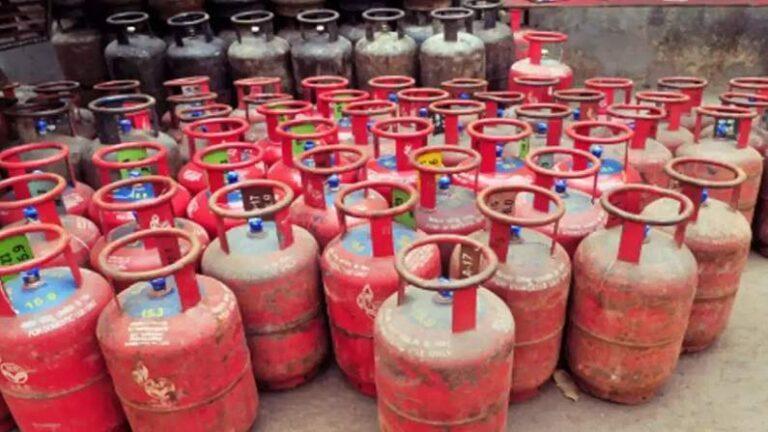 आम आदमी को बड़ा झटका: फिर बढ़े LPG गैस सिलेंडर के दाम, फटाफट जानें नए रेट्स