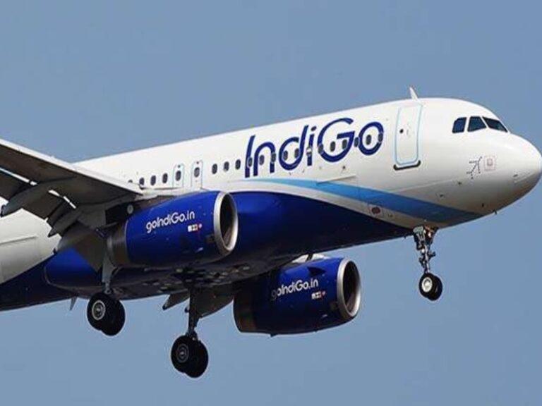 बड़ा हादसा टलाः इंदौर से चेन्नई जा रहे विमान की विंडशील्ड में दरार से हड़कंप, बाल-बाल बची 100 यात्रियों की जान