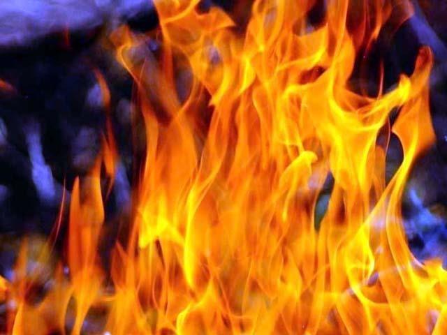 किसान आंदोलन में शामिल लोगों ने ग्रामीण पर तेल छिड़क कर जिंदा जलाया, परिवार का रो-रो कर बुरा हाल- सरकार से लगाई मदद की गुहार