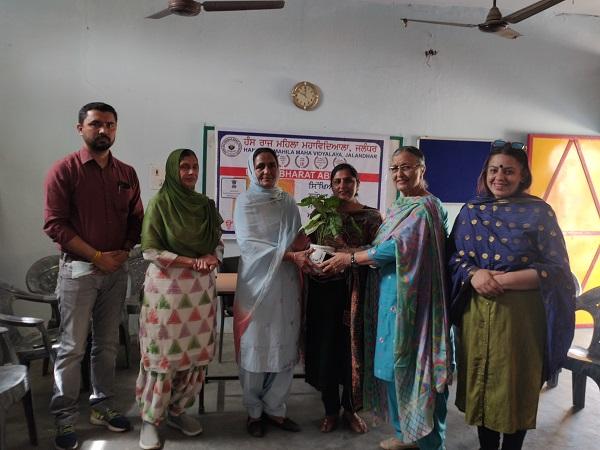 प्लास्टिक मुक्त वातावरण पर HMV की उन्नत भारत अभियान टीम ने आयोजित किया जागरूकता कार्यक्रम