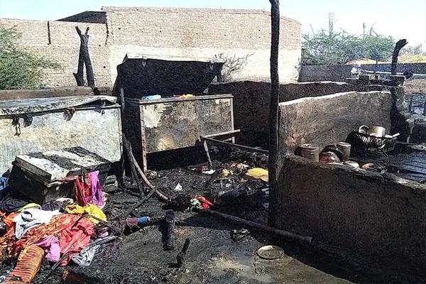 पंजाब में भयानक हादसा, 40 बकरियों समेत 2.5 लाख रुपए, विवाह के लिए दहेज और घर का सामान जल कर राख