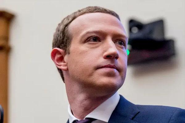 लीक डेटा से बड़ा खुलासा: खुद Facebook CEO व्हाट्सऐप नहीं बल्कि इस ऐप का करते हैं इस्तेमाल