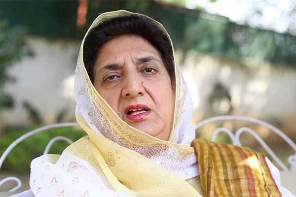 पंजाब की पूर्व मुख्यमंत्री भी कोरोना की चपेट में, खुद को घर में किया आईसोलेट