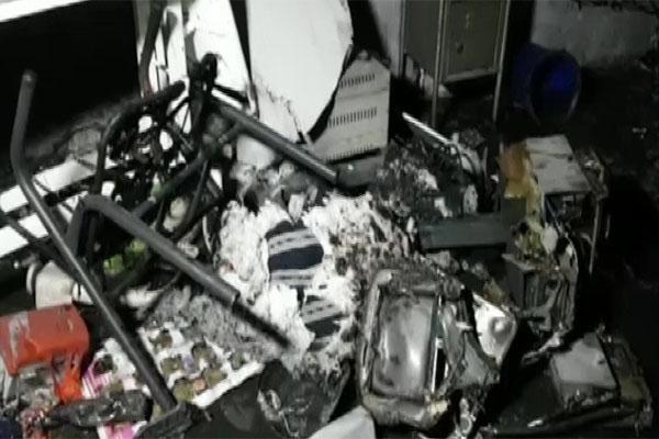 भयानक हादसा: कोविड अस्पताल में भीषण आग लगने से 12 कोरोना मरीजों की मौत, बढ़ सकता है मृतकों का आंकड़ा