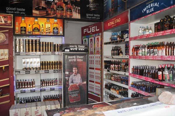 पंजाब में कल से खुलेंगे शराब के ठेके, इन दुकानों को भी मिली बड़ी राहत