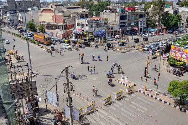 पंजाब में शनिवार का वीकेंड लॉकडाउन खत्म- दुकानदारों को मिली राहत,कोरोना पाबंदियों की बढ़ी अवधि