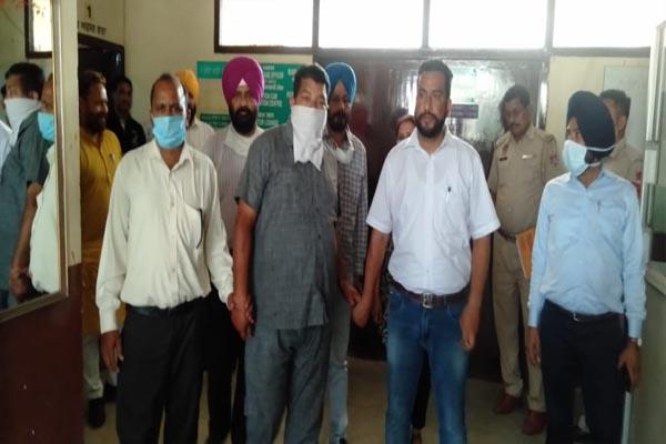 जालंधर में रिश्वतखोर सब इंस्पेक्टर गिरफ्तार, 5000 रुपए रिश्वत लेते विजिलेंस ने किया काबू