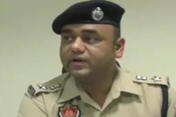 जालंधर: लंबे समय से गैरहाजिर चल रहे चार पुलिसकर्मियों पर बड़ी कार्रवाई, SSP नवीन सिंगला ने किया बर्खास्त