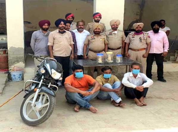 पंजाब पुलिस ने सुलझाई लूट की वारदात, 7 घंटे से भी कम समय में 3 लूटोरों को दबोचा
