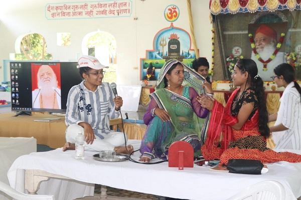 Read more about the article उदयपुर आश्रम में संत श्री आशाराम बापू जी की प्रेरणा से सम्पन्न हुआ विद्यार्थी शिविर, शिक्षक दिवस पर 250 विद्यार्थियों को मिला यह अमूल्य उपहार