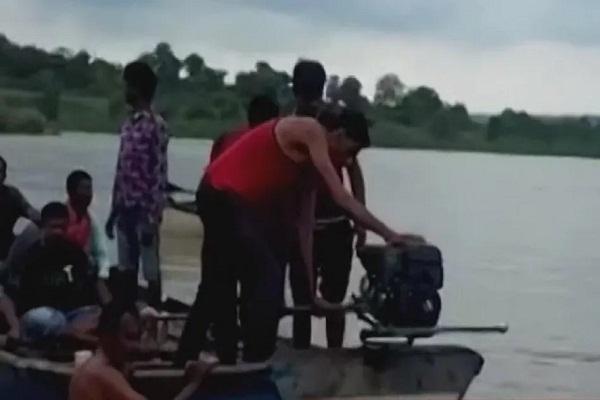 Read more about the article अमरावती में बड़ा हादसा, सवारियों से भरी नाव पलटी, 11 की मौत, कई लोग लापता