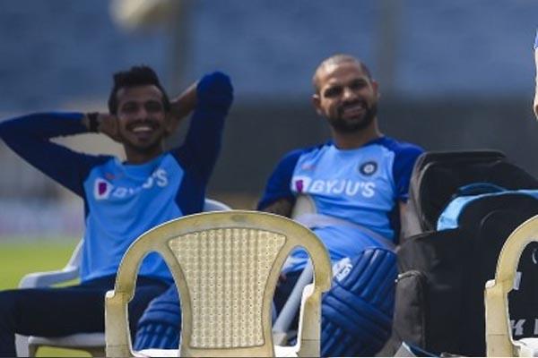 Read more about the article T20 वर्ल्ड कप में धवन-चहल समेत इन 5 खिलाड़ियों का कटा पत्ता, इन 15 धुरंधर खिलाड़ियों को मिली टीम में जगह, धोनी को मिली ये बड़ी जिम्मेदारी