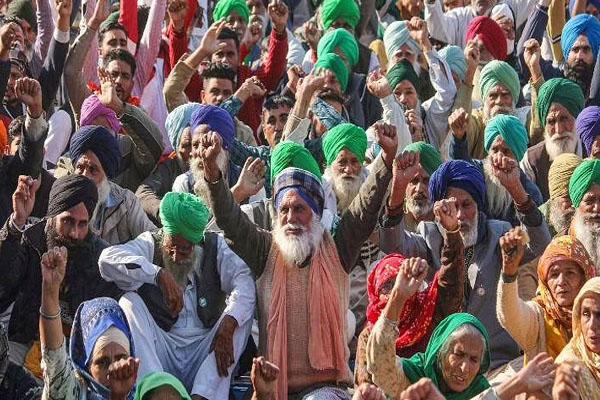 Read more about the article किसान संघ का बड़ा ऐलान, इस दिन केंद्र सरकार के खिलाफ करेंगे देश व्यापी आंदोलन