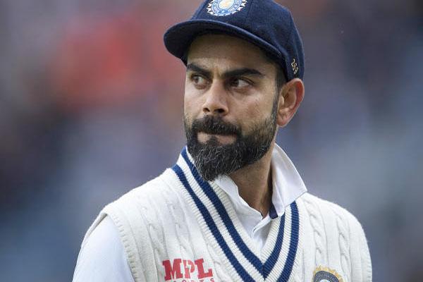 Read more about the article बड़ी खबर: T20 विश्वकप के बाद विराट कोहली ने किया कप्तानी छोड़ने का ऐलान, इस खिलाड़ी को मिलेगी कमान!