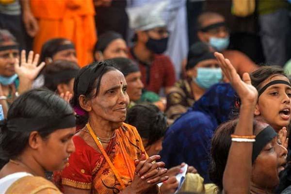 Read more about the article हिंदुओं पर हमलों के बाद सरकार बनाने जा रही नया कानून