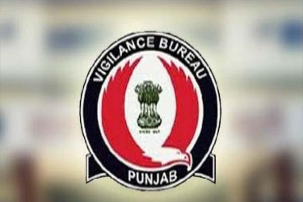 Read more about the article जालंधर में 15 हजार रुपए रिश्वत लेता ASI रंगे हाथों गिरफ्तार, पंजाब विजिलेंस ने की कार्रवाई